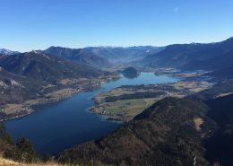 Blick vom Zwölferhorn auf den See