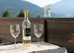 Doppelter Genuss: Ausblick und Wein