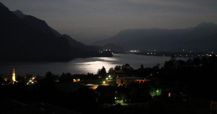 Der Wolfgangsee ist auch im Dunkelen wunderschön